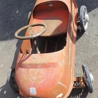 四輪ペダルカー 1960年代生まれのモーリ社製 『モーリスストロング』