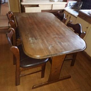 ダイニンテーブル 椅子付き!
