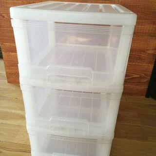 【受け渡し先決定】カラーボックス、衣装ケース(3段:ヨコ34cm...
