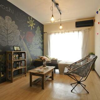 【浜松市】家具・家電付でアウトドアな雰囲気のお部屋です!