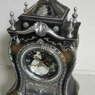 「取引中」美女と野獣 置時計