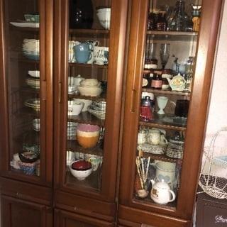 食器棚欲しい方いませんか?