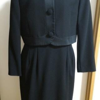 ブラックフォーマル スカートスーツ(東京ソワール)+フォーマルバッグ