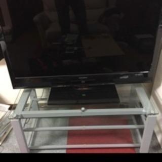 ガラステレビ台