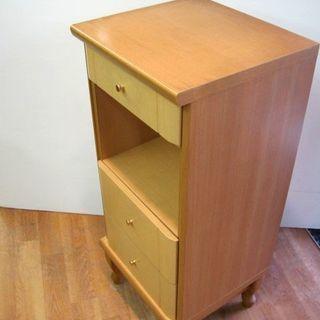 【リサイクルショップスターズ】オススメ品 電話台 木製 棚付き