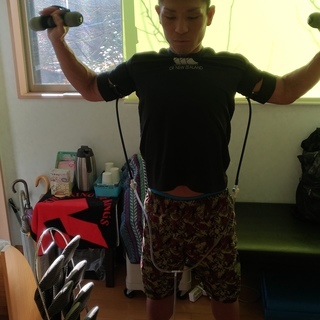 本気の小学生の体幹トレーニングと携帯型VRCトレーニングで目指せ...