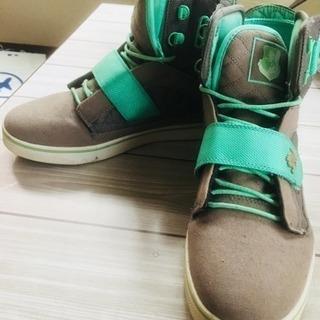 vlado の靴