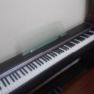 電子ピアノカシオPX- 700 88鍵盤