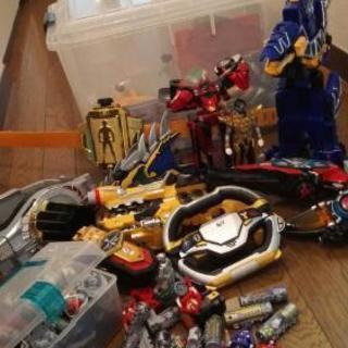 (取引中)戦隊ものおもちゃ色々、クリアケースいり