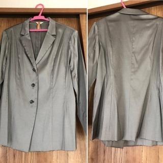 Cassoloのスーツ(ジャケット15号・パンツ13号)上下別々...