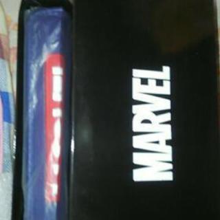 MARVEL 財布 新品