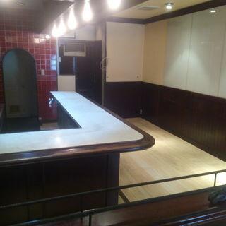 貸店舗 喫茶店 10坪  お借り頂ければ、棟内住居2DK¥2万-で提供