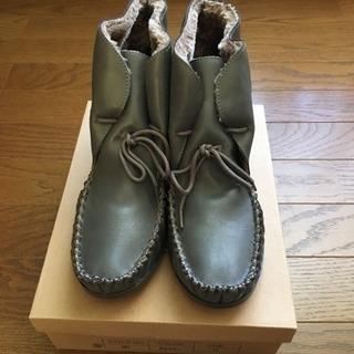 新品  グレー ブーツ