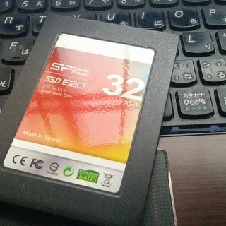 SSD 32GB の画像