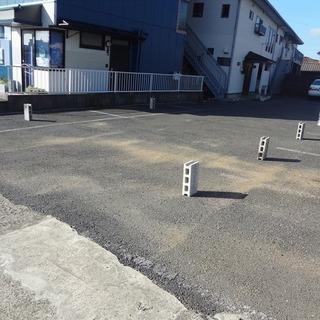 弁天町2-19月極め駐車場