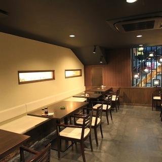 【時給1,000円~】路地裏にあるオシャレな中国料理店♪友達に自慢したくなっちゃう - 飲食
