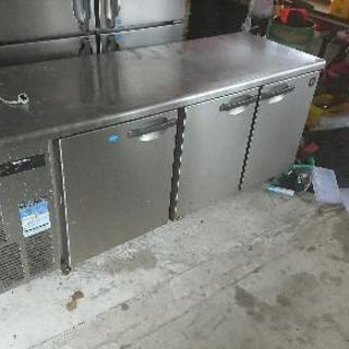 ホシザキ製 テーブル形 冷凍冷蔵庫 - 家電