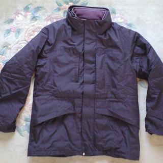 ユニクロ 極寒に耐えるジャケット!