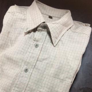 UNIQLOチェックシャツ
