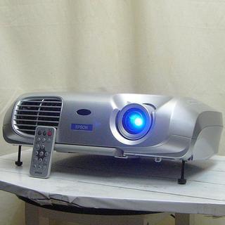 《1200ルーメン》会議以外にもお家でも使えるプロジェクター
