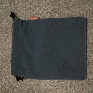 SONYのコンパクトデジカメの布袋