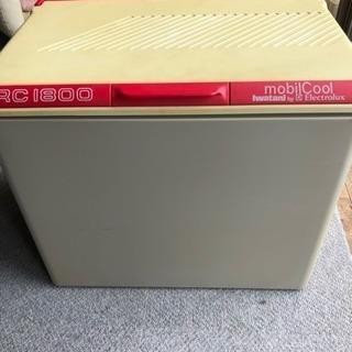 値下げ!イワタニリゾート RC-1800 3way冷蔵庫