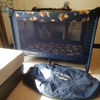 (お引き取り中)折り畳み式 ベビーベッド 旅行用 ポータブル