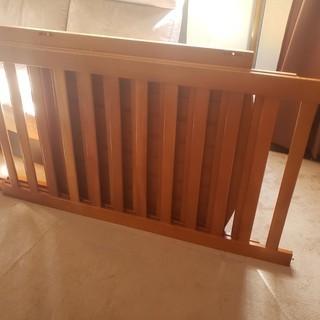 ベビーベッド 木製