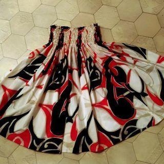 【大人用】黒×赤×白プルメリア柄パウスカート