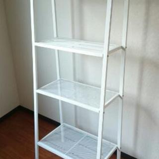 白いスチール棚 IKEA