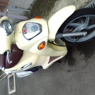 値下げは相談で・・キムコ 50cc looker  動画あり。