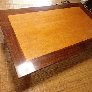 シンプルなのに豪華な座卓