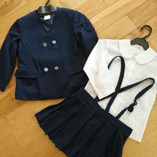上山市内 幼稚園制服など