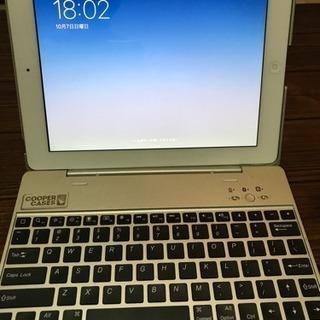 【最終値下げ】iPad(第4世代)WiFiモデル+キーボードつきケース