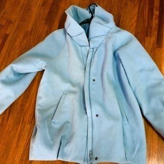 水色のコート