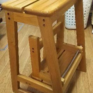 【値下げしました🎵】木製の踏み台、椅子としても使用可