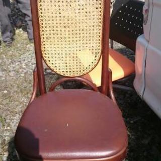 オススメ、レトロな椅子!