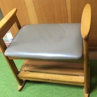 5,000円 高さ調節出来る手すり付き 玄関椅子 、介護椅子スツ...