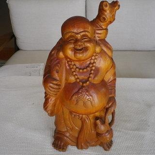 達磨 (黄金袋)彫刻