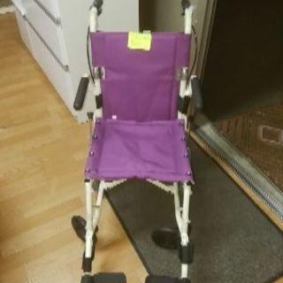 キレイな車椅子です。