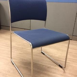 残り椅子21脚 1脚200円