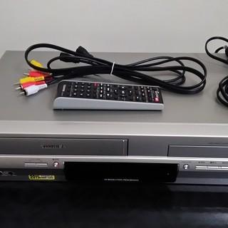 【中古】東芝 VTR一体型DVDビデオプレイヤー SD-V700...