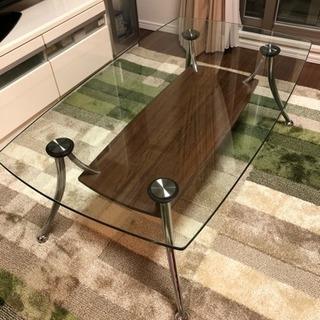 強化ガラスのセンターテーブルです!...