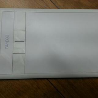 Wacom  ペンタブレットSサイズ