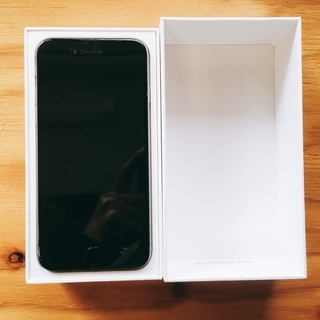 au iPhone6 128GB スペースグレイ 初期化済 ワンオ...