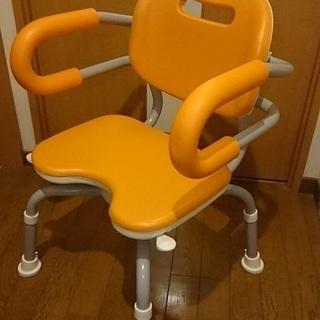 [未使用]シャワーチェアーひじかけ付き座面回転タイプ オレンジ...