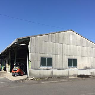 倉庫あげます100坪程度 建物のみです。