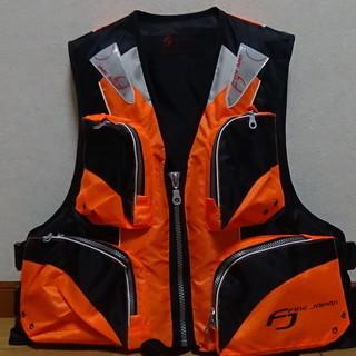 ライフジャケット オレンジの画像