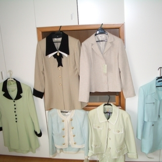 ★LADY'S スーツ40着以上【閉店処分品】綺麗なカラー…
