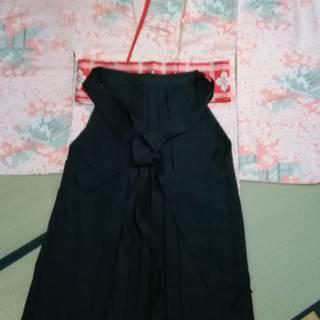 着物と袴の5点セットです  着物・袴・長襦袢・半幅帯・伊達襟